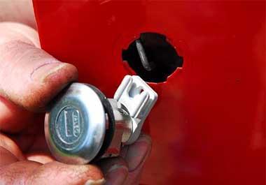 bombillos-y-clausors-para-coche--reparacion-de-bombillos-y-clausors-para-coche-Apertcar